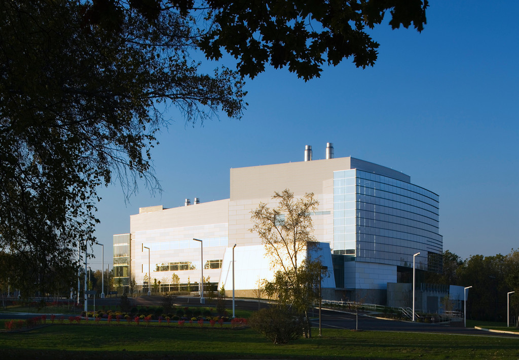 Suny albany cancer research centeralbany n y einhorn for Prescott architects